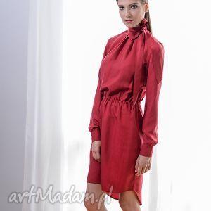 jedwabna sukienka z kokardą, sukienka, jedwab, czerwień, kokarda, prezent, święta