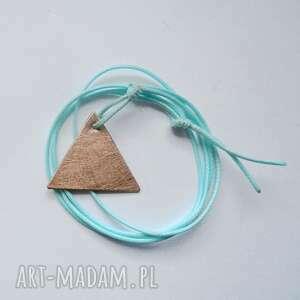 Trójkąt wisiorek wisiorki katarzyna kaminska brąz, trójkąt,