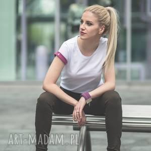 ręcznie zrobione koszulki t-shirt - koszulka pink sleeves, rozmiar
