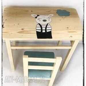 wnetrze z gustem wnętrze stolik i krzesełko dla dziecka owieczka