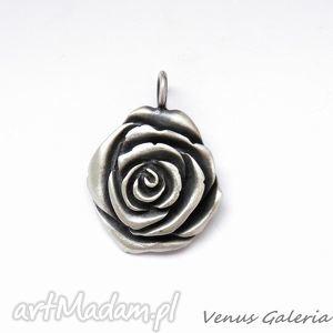 Zawieszka srebrna- Oksydowana róża duża, biżuteria, srebro,