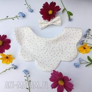 ręcznie zrobione dla dziecka śliniak różowe kropeczki na białym