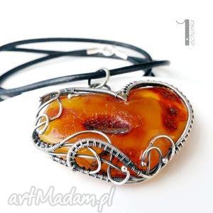 saule - srebrny naszyjnik z bursztynem - srebro, bursztyn, ażurowy, serce, wire