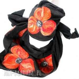 ręczne wykonanie chustki i apaszki komplet wełniany czarny wełna merynosy kwiaty