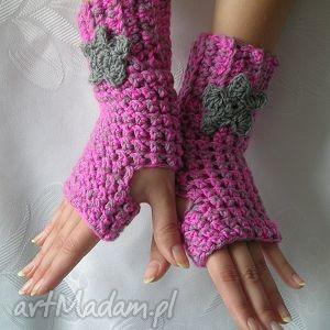 szaro różowe rękawiczki mitenki z szarym kwiatkiem - mitenki, rękawiczki