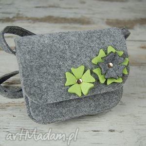ręcznie wykonane torebki malutka torebka z filcu - etoidesign