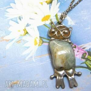 wisiorek z łańcuszkiem sowa akwamarynem, kamieni