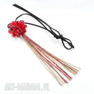 czerwony naszyjnik z długim skórzanym chwostem - wisior, długi, zawieszka