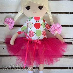 szmacianka, szmaciana lala w tutu, szmaciana, lala, lalka, haft dla