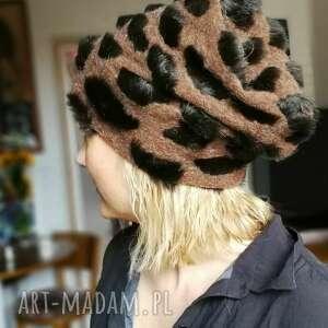 hand made czapki czapka futrzana damska brązowa panterka handmade uszyta ze sztucznego