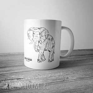 Kubek ze słoniem rysowanym, kubek, słoń, grafika, rysunek, kawa, kuchnia