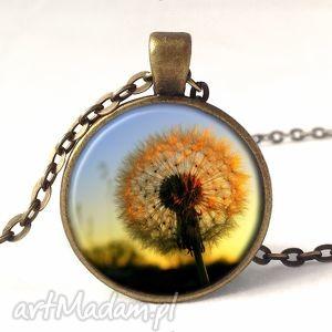 dmuchawiec w słońcu - medalion z łańcuszkiem - słońce
