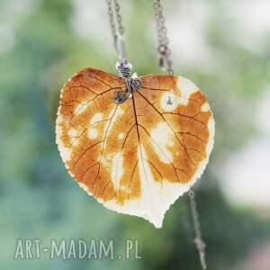 ręcznie robione wisiorki nietuzinkowy jesienny listek