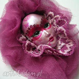 broszka z kolekcji masquerade - koronkowa, maska, koronka, ozdoba, prezent
