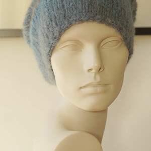 Alpakowa czapka niebieska, czapka, paski, smefretka, dziergana, cieniowana, alpaka