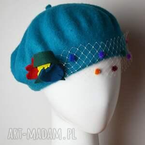 ręcznie robione czapki turkusowy beret