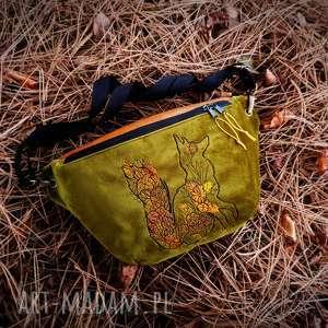 nerka xxl z lisem, nerka, lis, lisek, las, góry, kwiaty