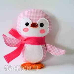 maskotki pingwinek ela, pingwinek, dziewczynka, zima, gwiazdka, maskotka, przytulanka