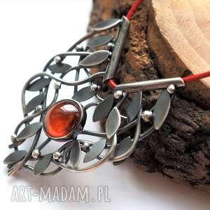 Jachyra Jewellery srebrny naszyjnik opleciony granat