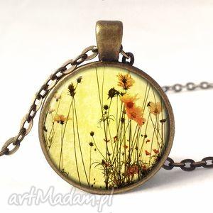 polne kwiaty - medalion z łańcuszkiem - polne, kwiaty, lato, medalion, naszyjnik