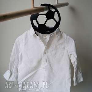 Wieszak na ubranka chłopca-piłka, pokój, piłka, wieszak, chłopiec,