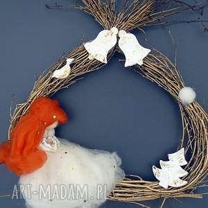 handmade pomysł na upominek świąteczny świąteczna dekoracja. Wianek. Rudowłosa wróżka. Kolekcja weihnachten