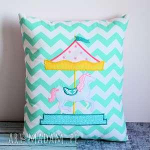 poduszka dziecięca - karuzela z konikami, aplikacja, konik, księżniczka