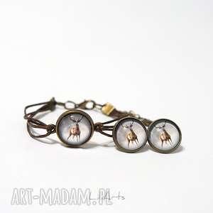 Komplet - jeleń 2 sznureczki, kolczyki, bransoletka, brązowa