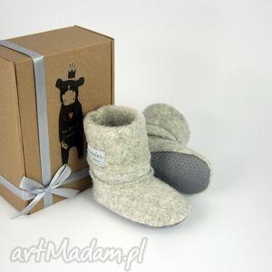 bambosze hand made wełna shetland, prezent, zima, roczek, urodziny, ciepłe