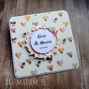 pod choinkę prezenty, dwa serca, życzenia ślubne, kartka na ślub, serca