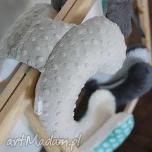 ubranka poduszka motylek w pieski, motylek, poduszka, antywstrząsowa, minky, prezent