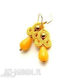 małe kolczyki sutasz z jadeitami, soutache, sznurek, eleganckie, kolorowe,