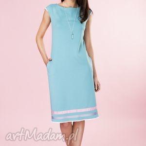 Prosta pastelowa sukienka w paski , sukienka, elegancka, minimalistyczna, dzianina