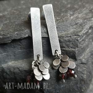 minimalistyczne kolczyki ze srebra z granatami, srebra