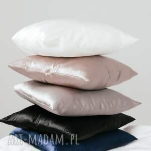 pod choinkę prezent, poduszki jedwabna poszewka 50x80 cm