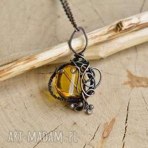 naszyjniki miodowo - naszyjnik z wisiorem miodowym szkłem