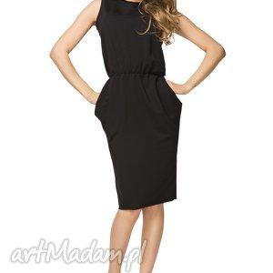 Sukienka ściągnięta w talii T132, czarna, sukienka, bawełniana, ściągnięta,