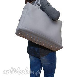 cityfelt - torebka neseser, torba na laptop szara, filc, filcowa, laptop, ćwieki