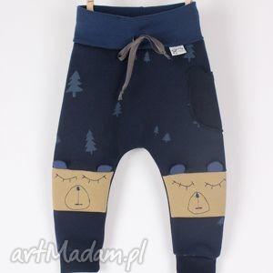 ubranka ciepłe dresiaki misie, spodnie, pumpy, dres, dziecko, miś, wygodnie