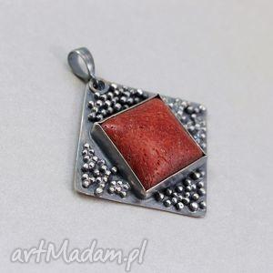 Czerwony koral i srebro - wisior , koral, czerwony, gąbczasty, srebro, wisior, kulki