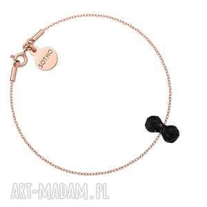 bransoletka z różowego złota z kryształowym ciężarkiem