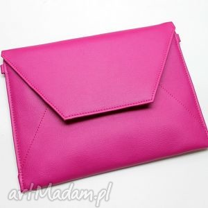 Kopertówka - fuksja torebki niezwykle wizytowa, elegancka