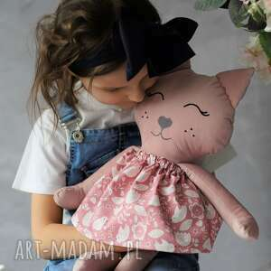 maskotki przytulanka kot w sukience, poduszka kot, pomysł na prezent