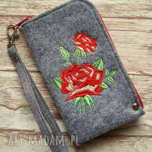 filcowe etui na telefon - róża, smartfon, pokrowiec, różyczki, kwiaty, prezent