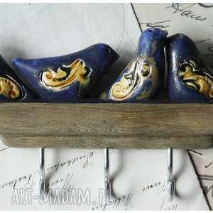 wieszak z granatowo-miodowymi ptaszkami 3 haki, ceramika, wieszak, ptak ceramika dom
