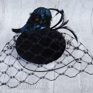 oryginalny prezent, fascynatory sowa, fascynator, czarny, granat, woalka