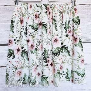 Dzianinowa spódniczka Tajemniczy Ogród, spódnica w pastelowe kwiaty