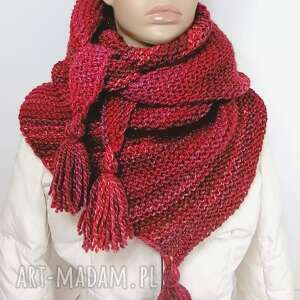 trókątna chusta w odcieniach czerwieni, chusta, na zimę, czerwony, frędzle