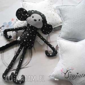 Małpka - zawiśnie na każdej klamce :), przytulanka, małpka, zabawka, maskotka