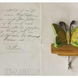 święta, wieszaczek z motylem, ceramika, wieszak, drewno, motyl